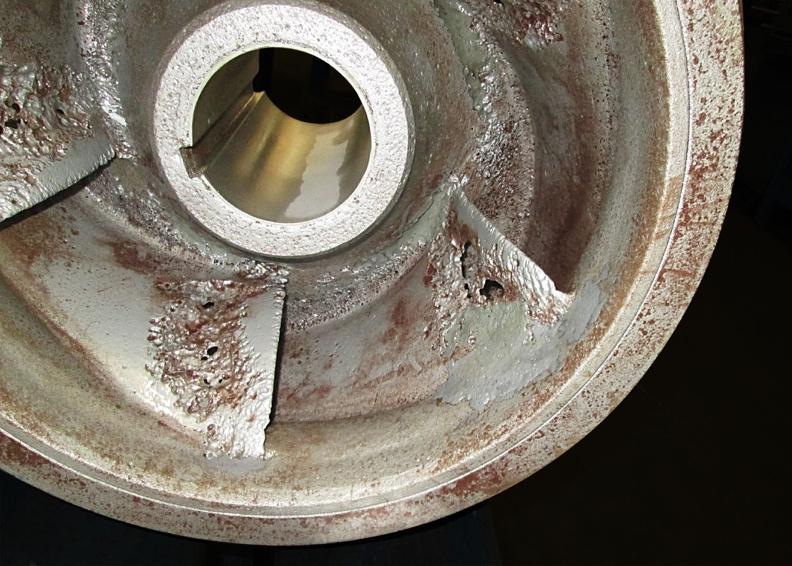 Daños producidos por cavitación en un rotor.